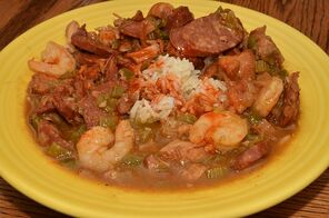 Mmm Gumbo by jeffreyw [CC BY 2.0 (https://creativecommons.org/licenses/by/2.0)]