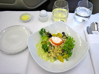 Singapore Airlines first class meal - By Jeremy Vandel from New York (Starter Time  Uploaded by Altair78) [CC BY 2.0 (http://creativecommons.org/licenses/by/2.0)], via Wikimedia Commons